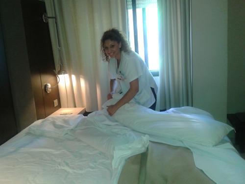 Gran fin de curso de camareras de piso en santander una contrataci n y muchas opciones - Camarera de pisos curso gratuito ...